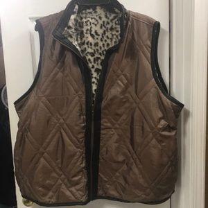 Jackets & Blazers - Reversible leopard vests